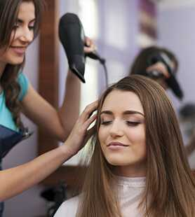 Career in Hair Styling Hindi Article
